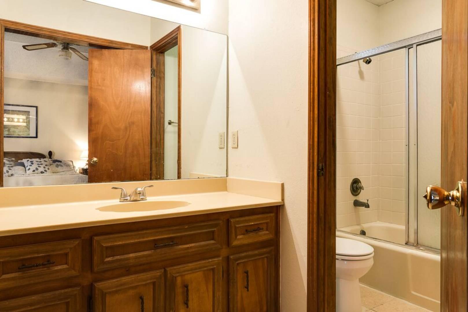 Cabinets Mcallen Tx Brivity 121 E Fern Ave Mcallen Tx 78501 Virtual Tour