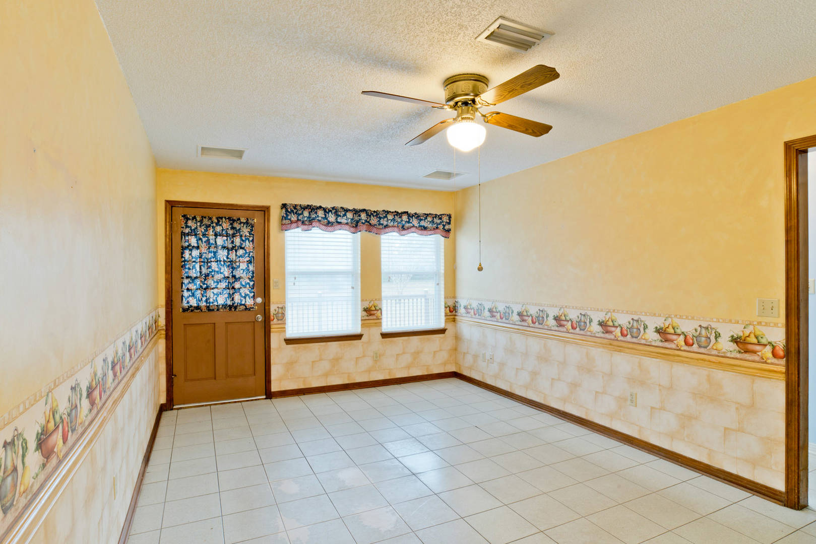 2502 Jeter Road Cantonment, FL 32533