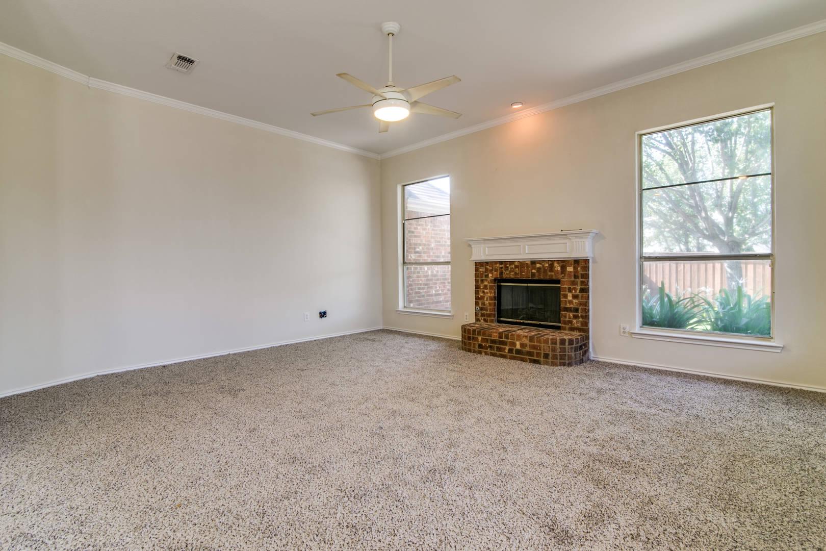 1517 Spring Hollow Lane  Garland, TX 75043
