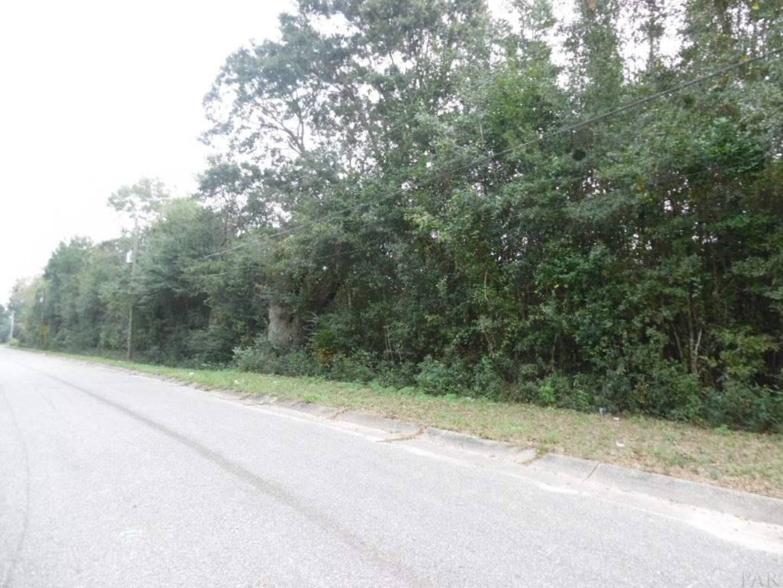 6923 Gulley Lane Pensacola, FL 32505