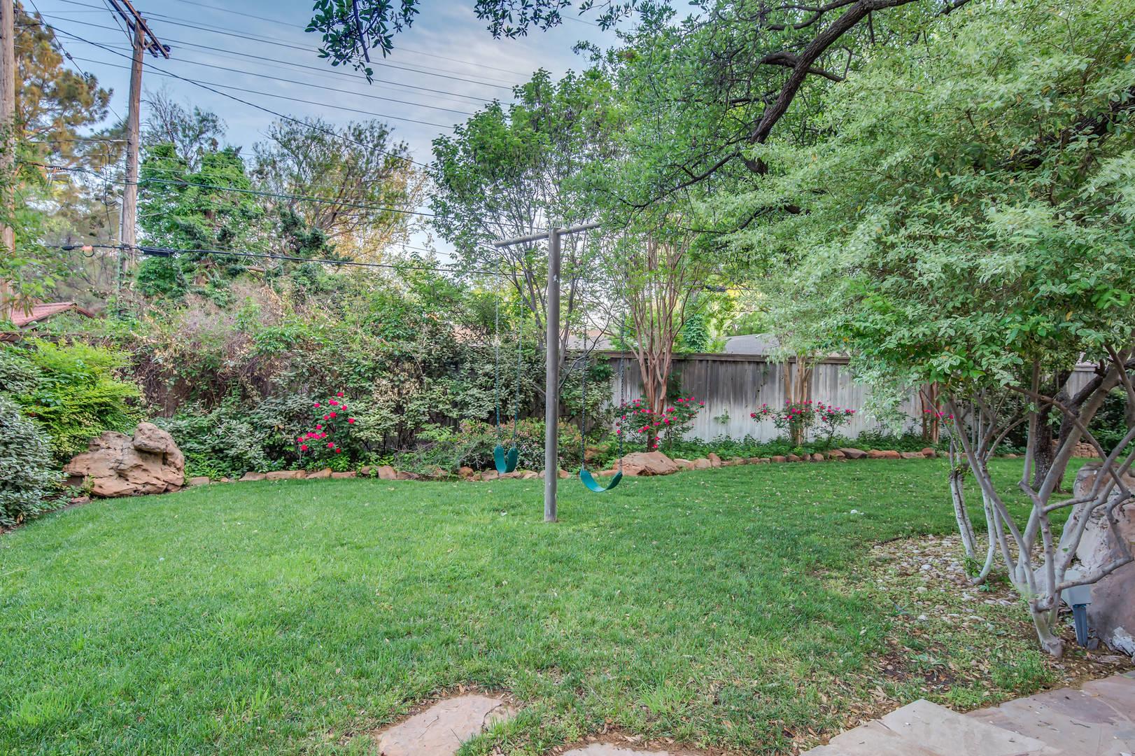 Castillon- 4519 13th St Lubbock, TX 79416
