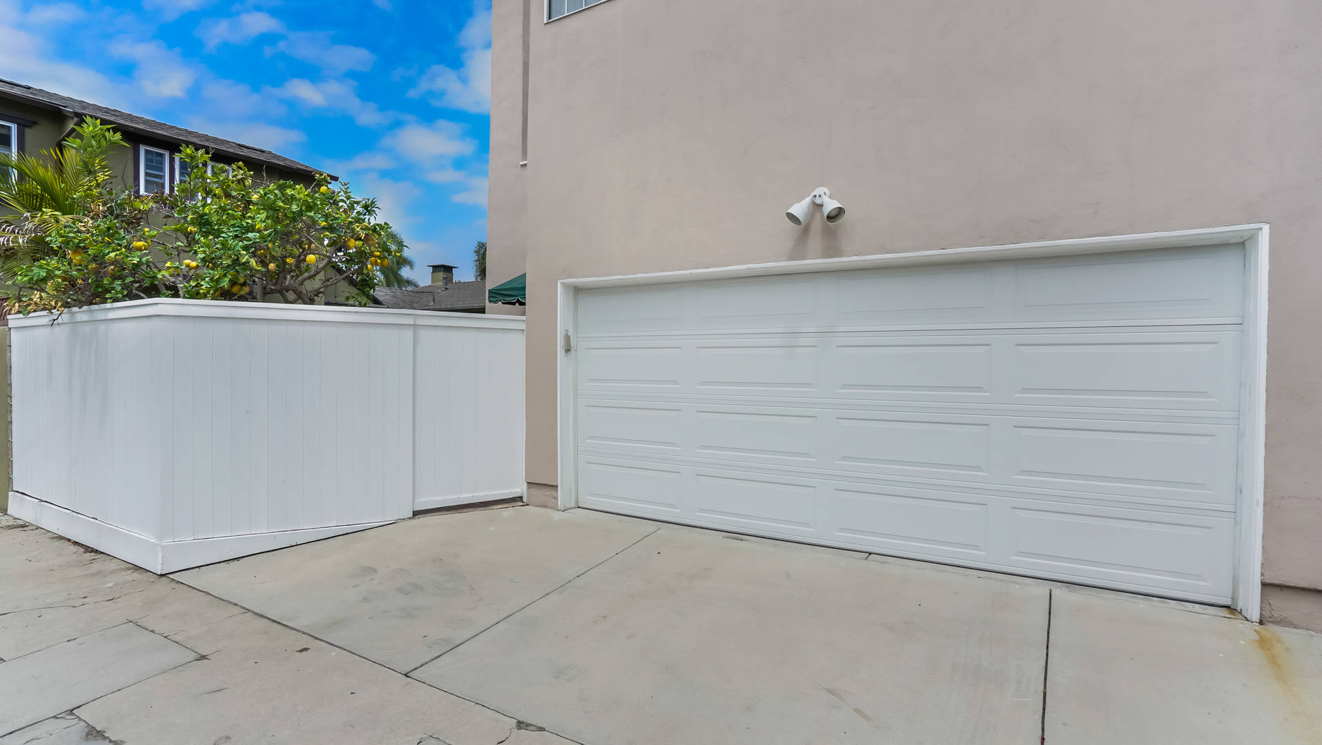 250 Claremont Ave Long Beach, CA 90803