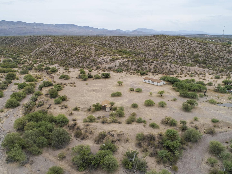 6313 N Northridge Dr Winkelman, AZ 85192