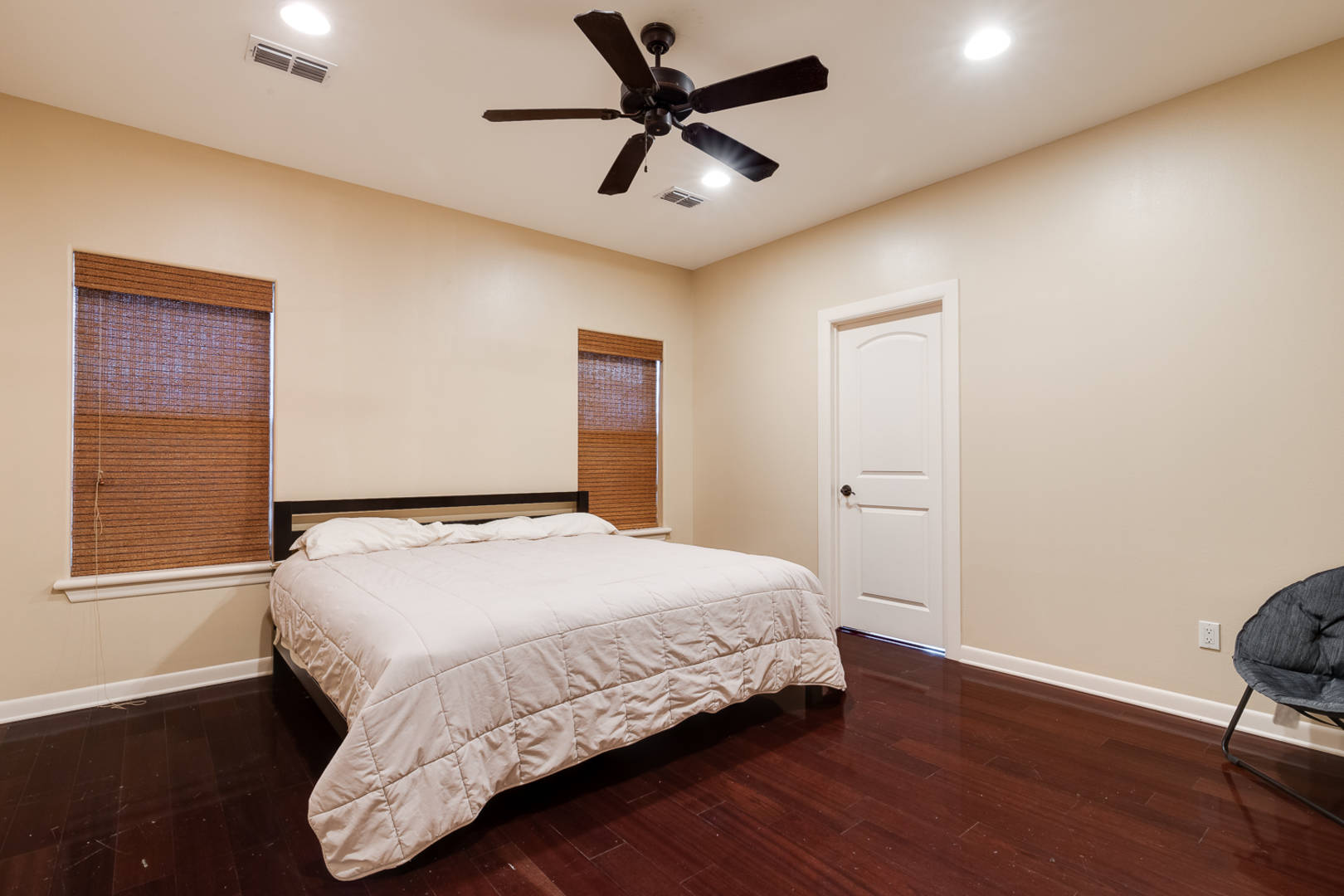 516 E. Uphall Avenue Mcallen, TX 78503