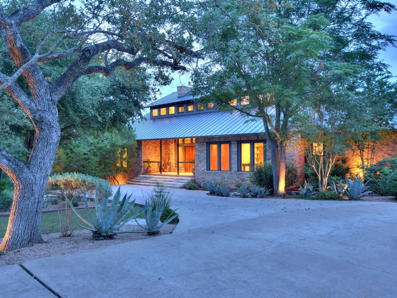 7201 Oak Shores Drive Austin, TX 78730
