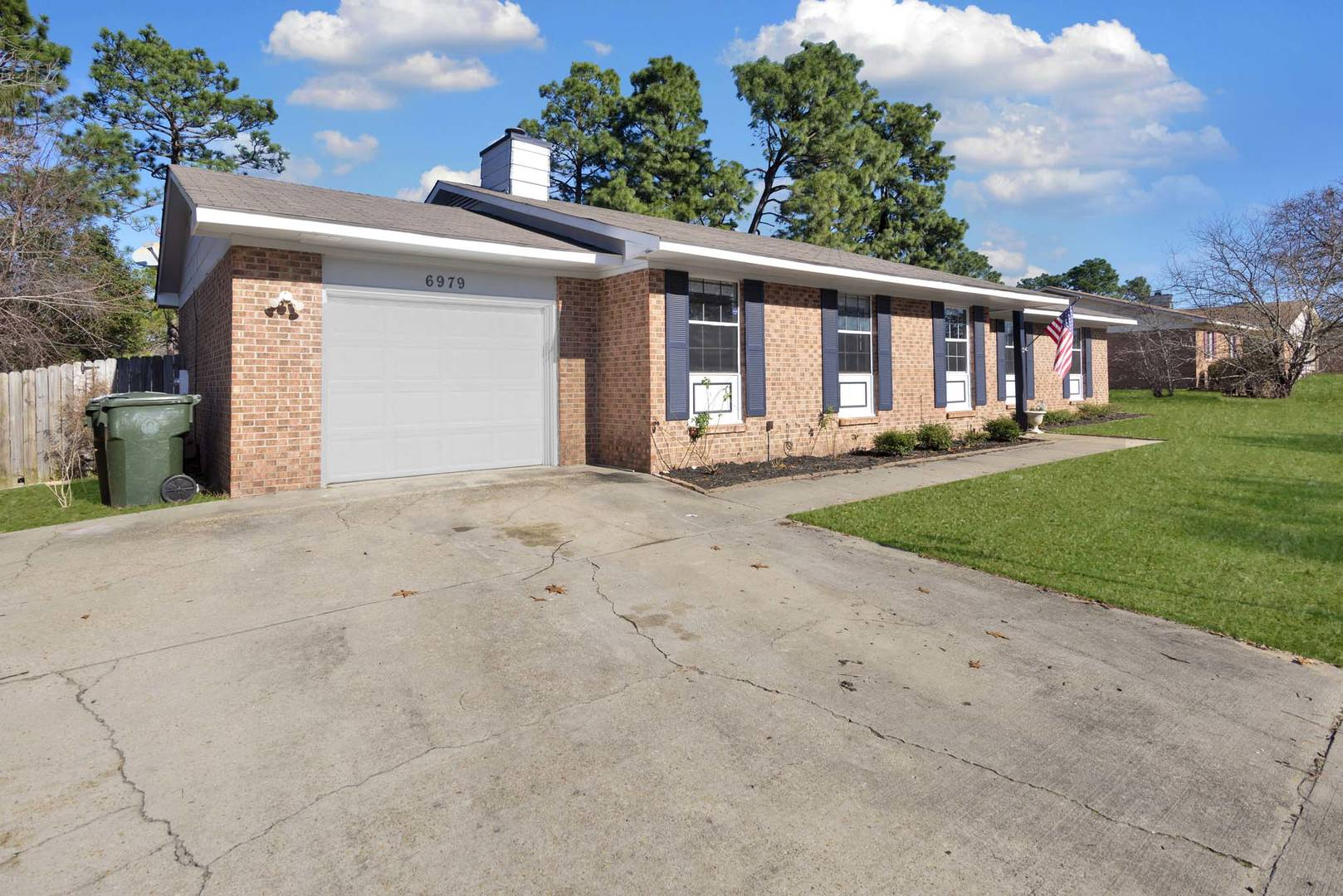 6979 Wickersham Dr.  Fayetteville, NC 28314
