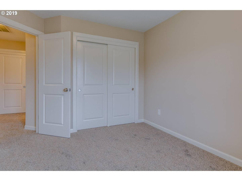 304 Sycamore St Woodland, WA 98674
