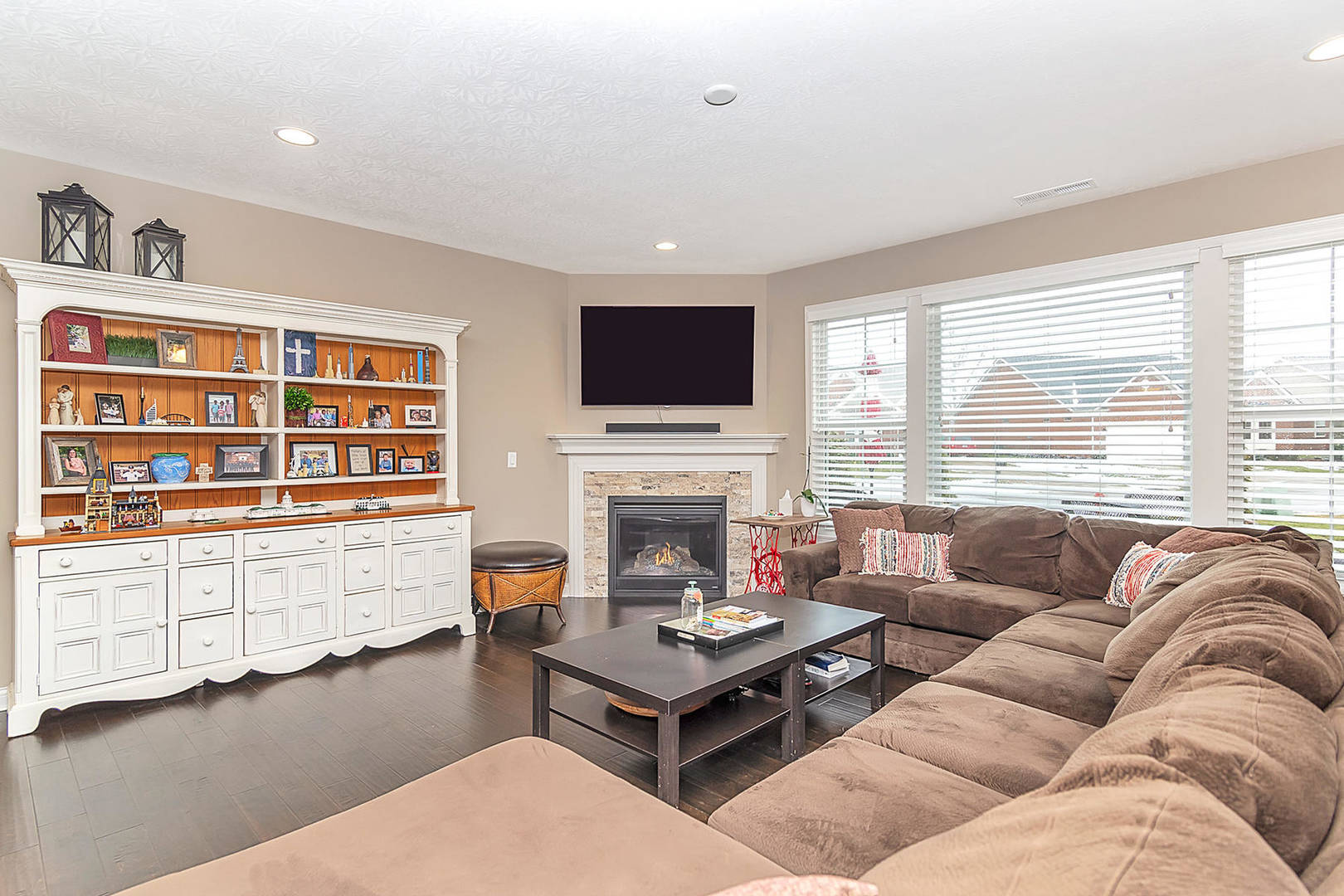 3981 Abbotsford Dr. Westfield, IN 46074