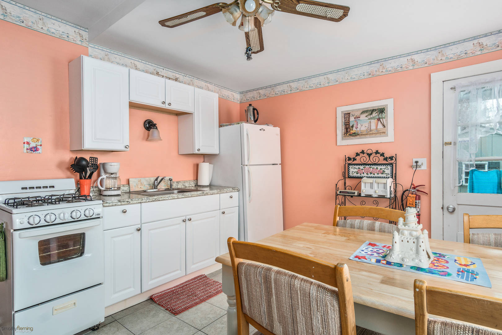 218 E Hildreth Ave Wildwood, NJ 08260