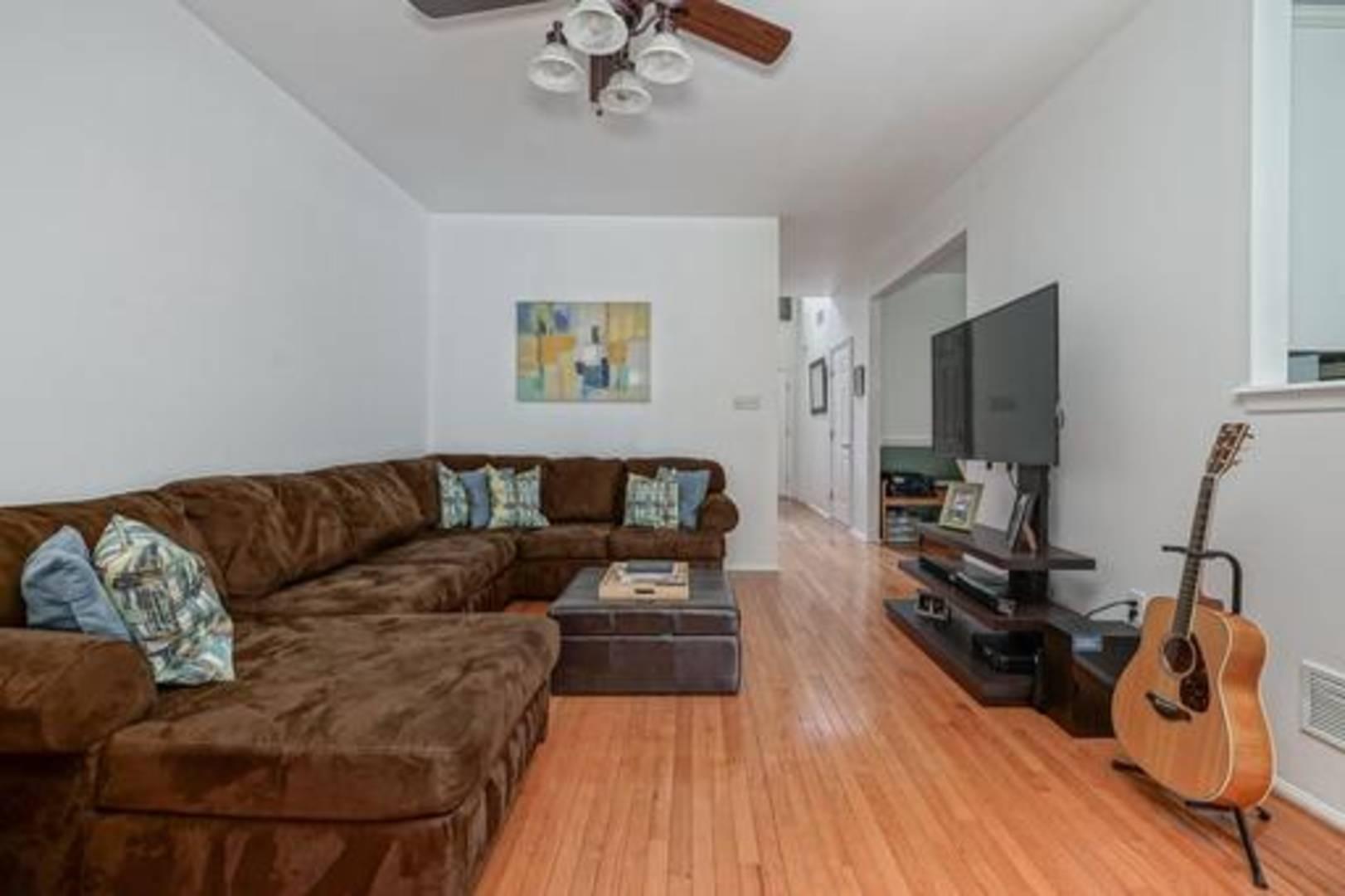 141 Rittenhouse Dr Deptford, NJ 08096