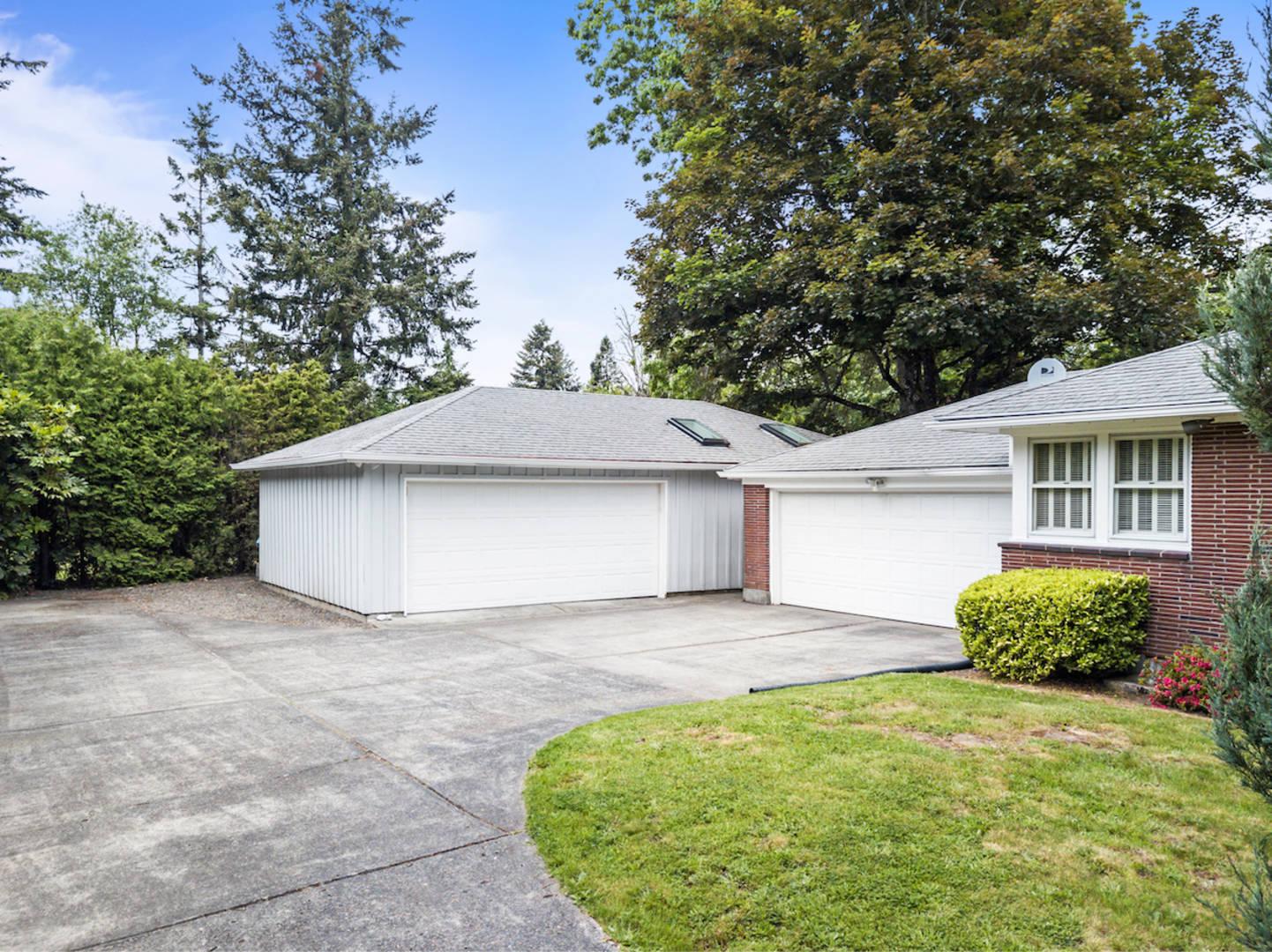 10333 SW Ridgeview Ln Portland, OR 97219