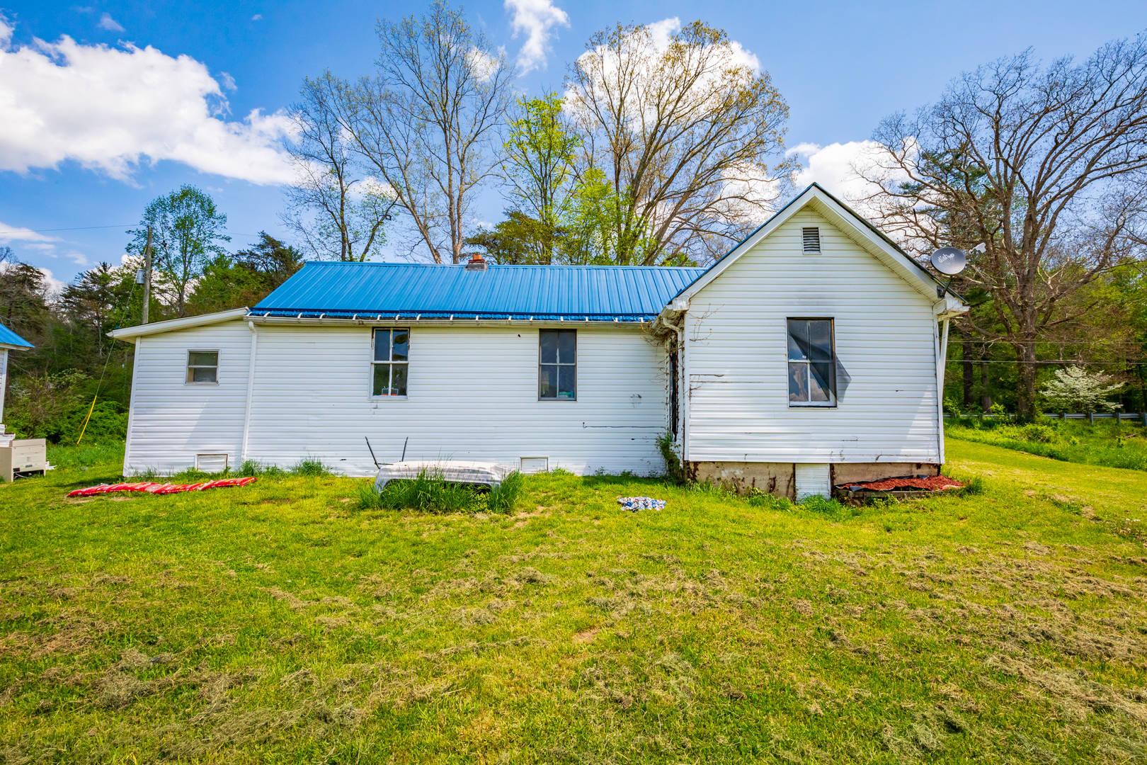 143 Gullion Fork Road Wytheville, VA 24382