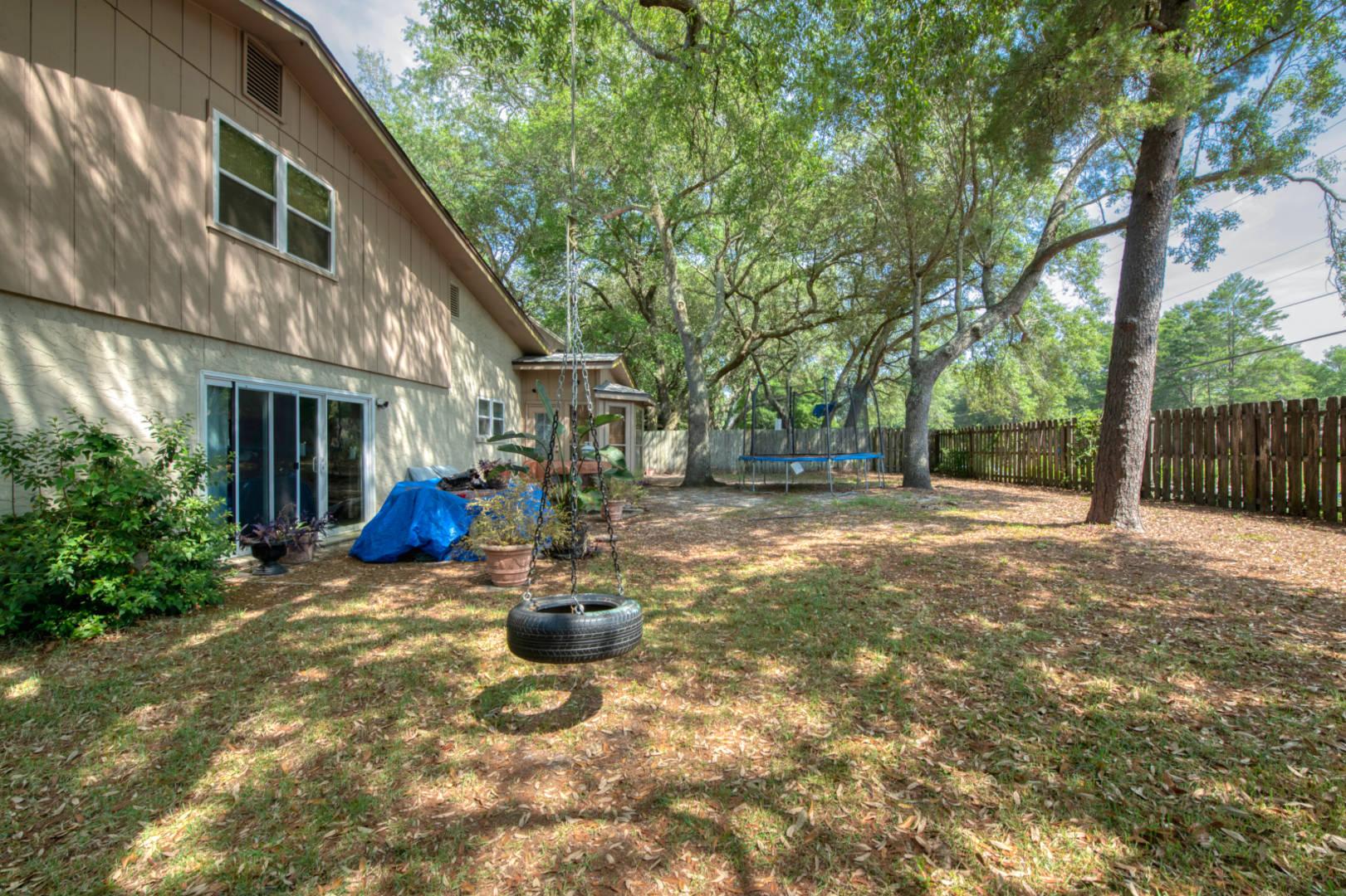 2461 Duncan Dr. Niceville, FL 32578