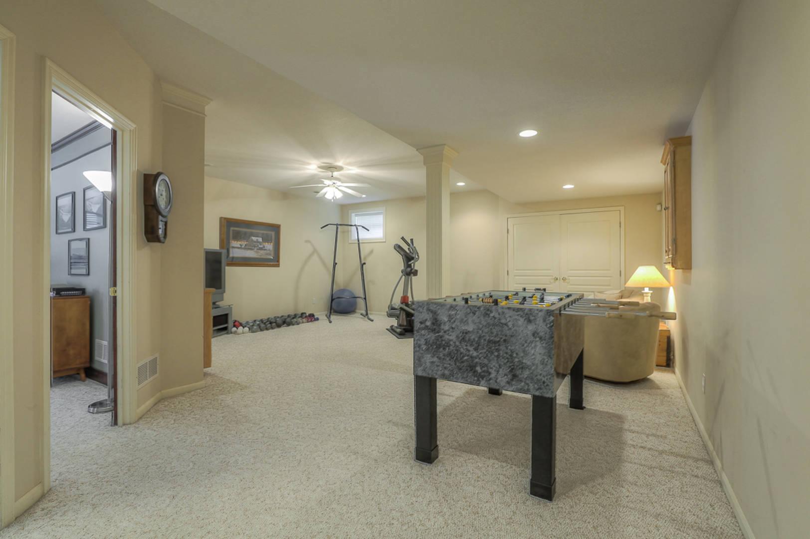 11927 West 132nd Terrace Overland Park, KS 66213