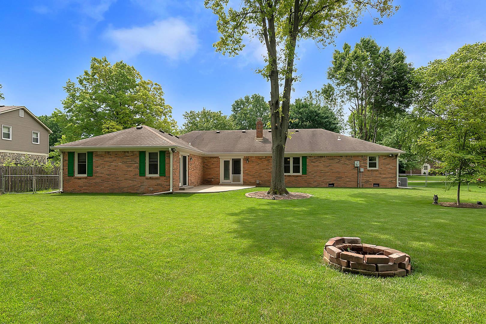 4714 Buckingham Ct Carmel, IN 46033