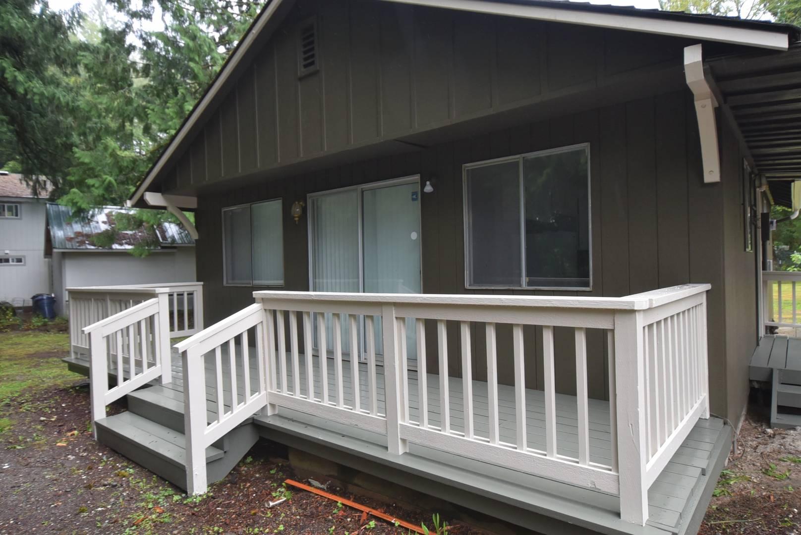 42032 N Shore Ln, Concrete, WA 98237