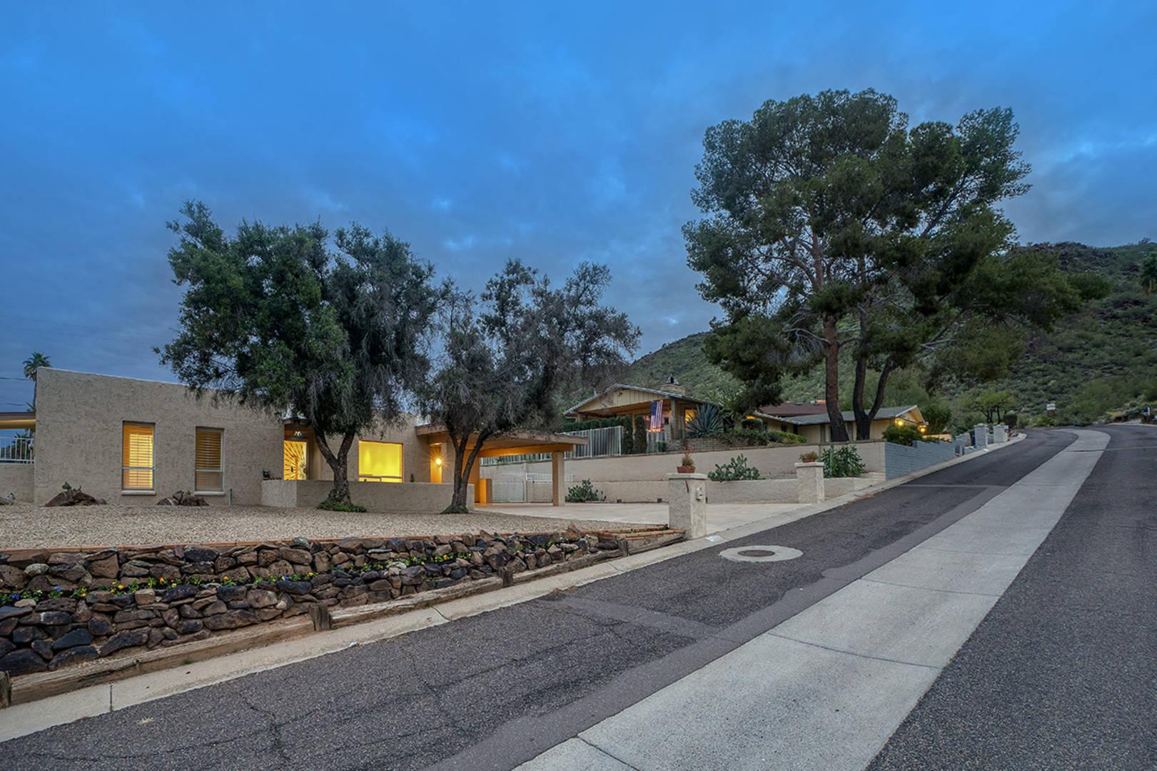 12647 N 17th Ave Phoenix, AZ 85029