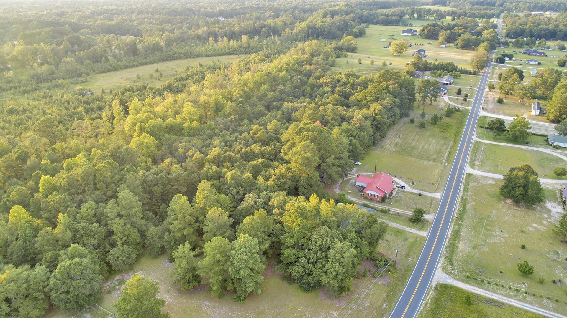 6228 Tabor Church Rd Fayetteville, NC 28312