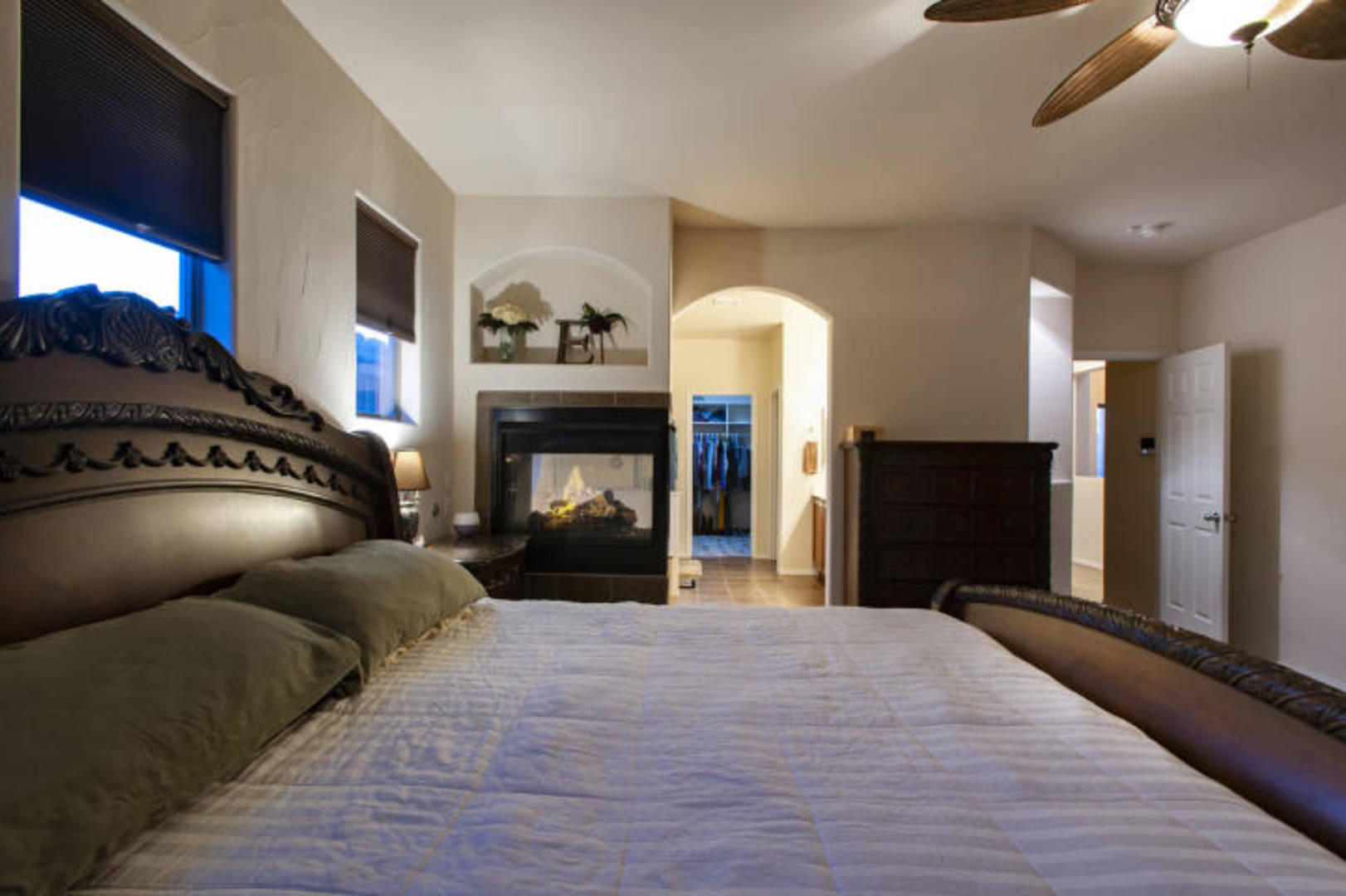 Archived 824 4th Street Northeast Rio Rancho, NM 87124