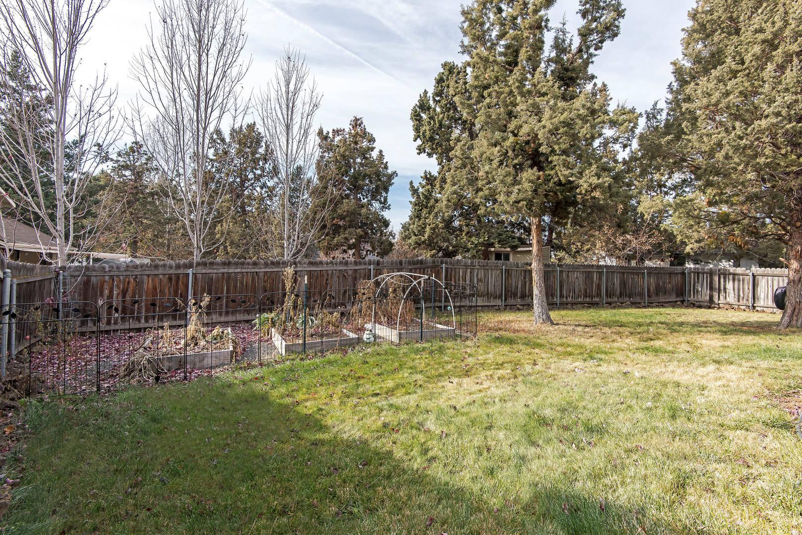 1708 NE Hollow Tree Lane Bend, OR 97701