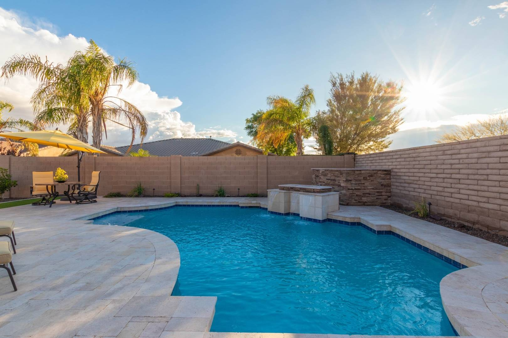 12063 W Shifting Sands Dr Peoria, AZ 85383