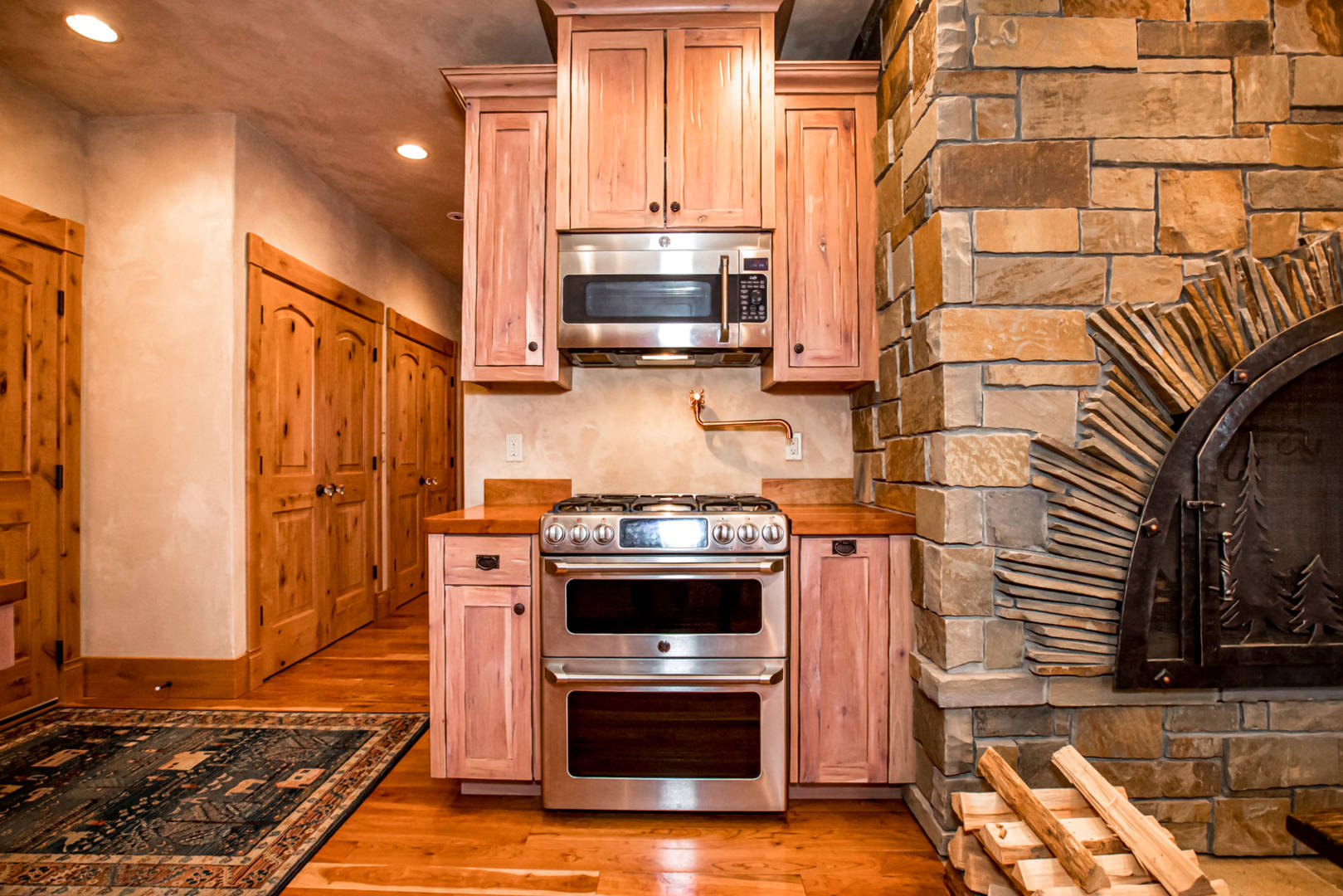 535 Tavern Lane Columbia Falls, MT 59912