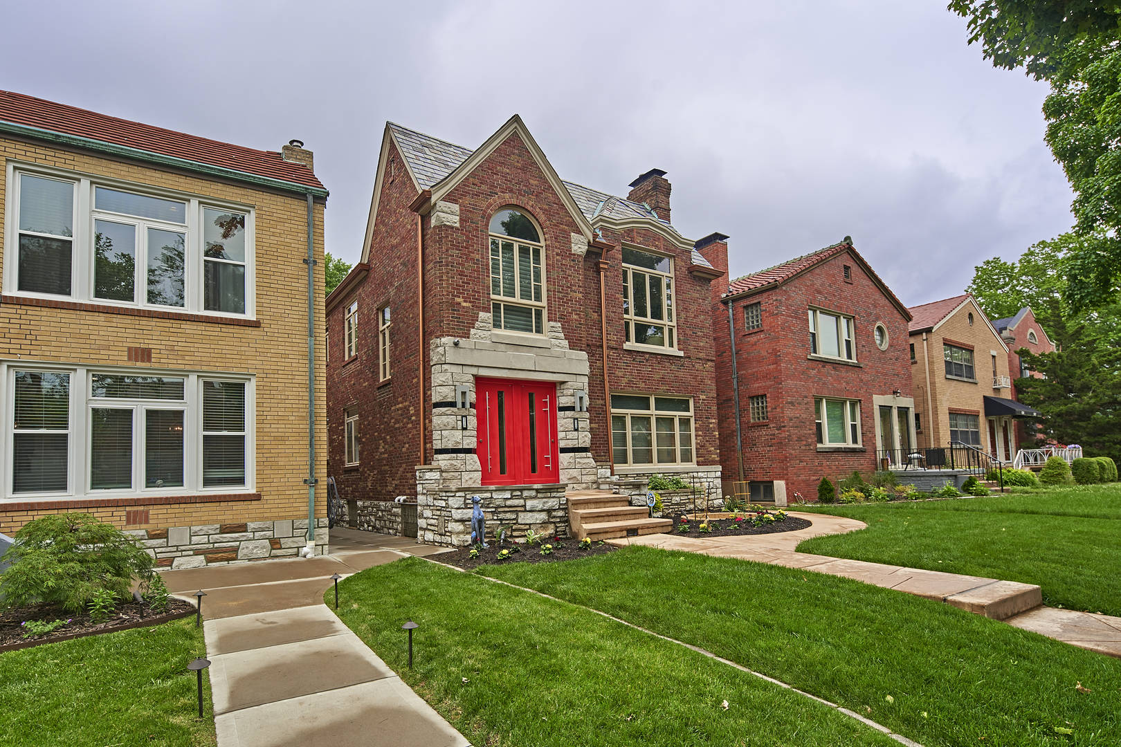 6215 Nottingham Saint Louis, MO 63109