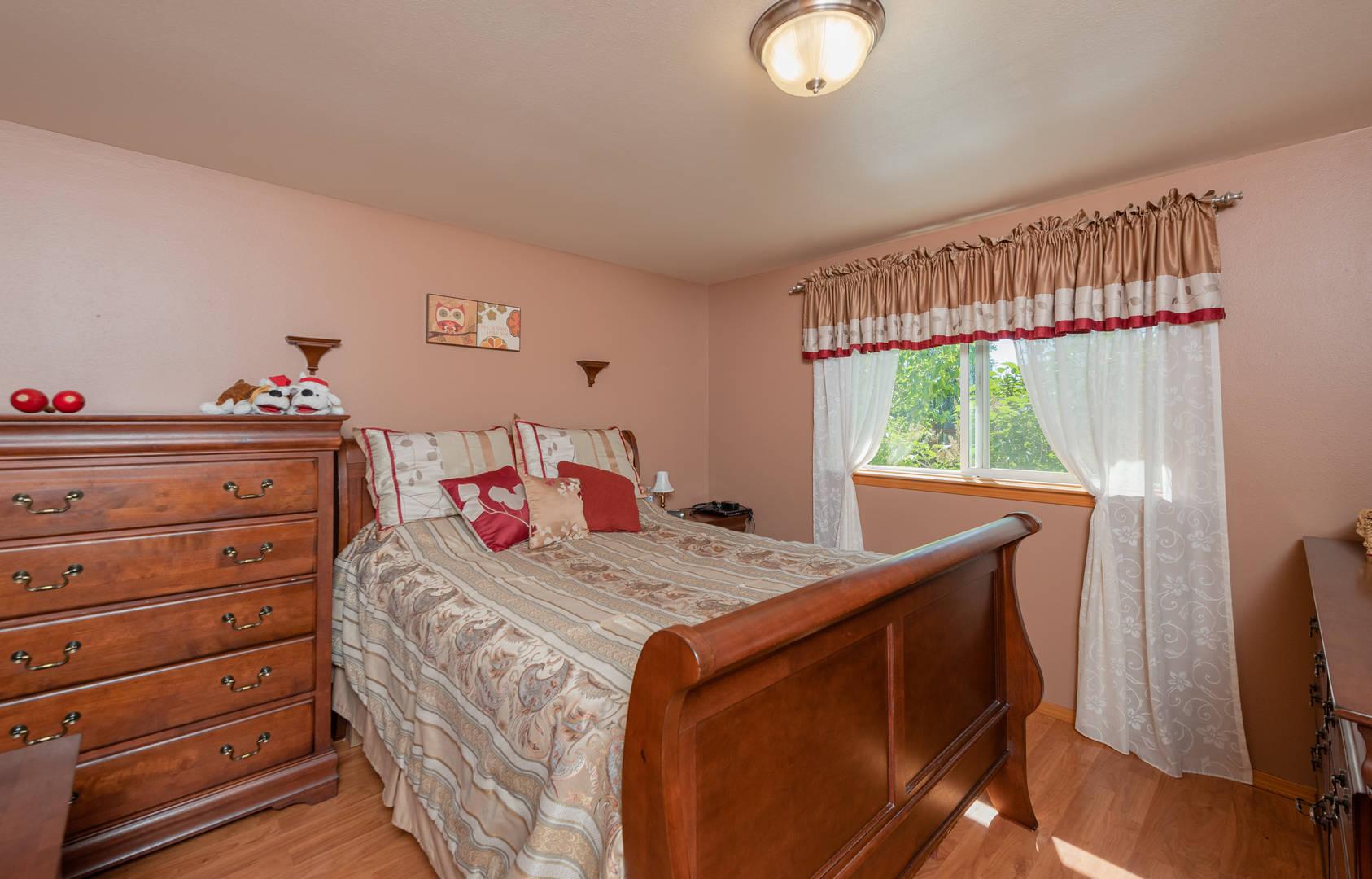 6481 Portal Manor Dr, Ferndale, WA 98248