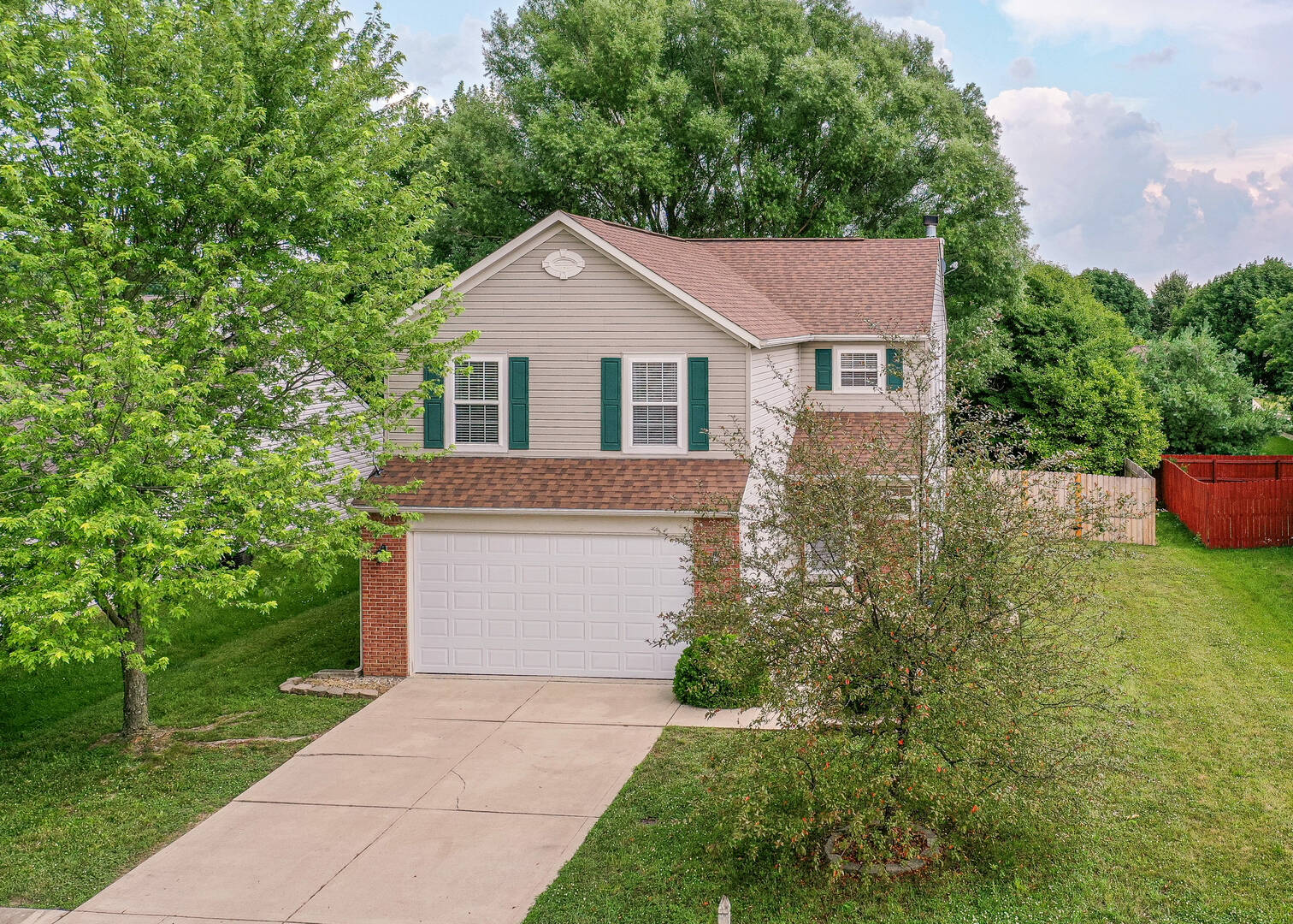 13247 Ashview Dr. Fishers, IN 46038