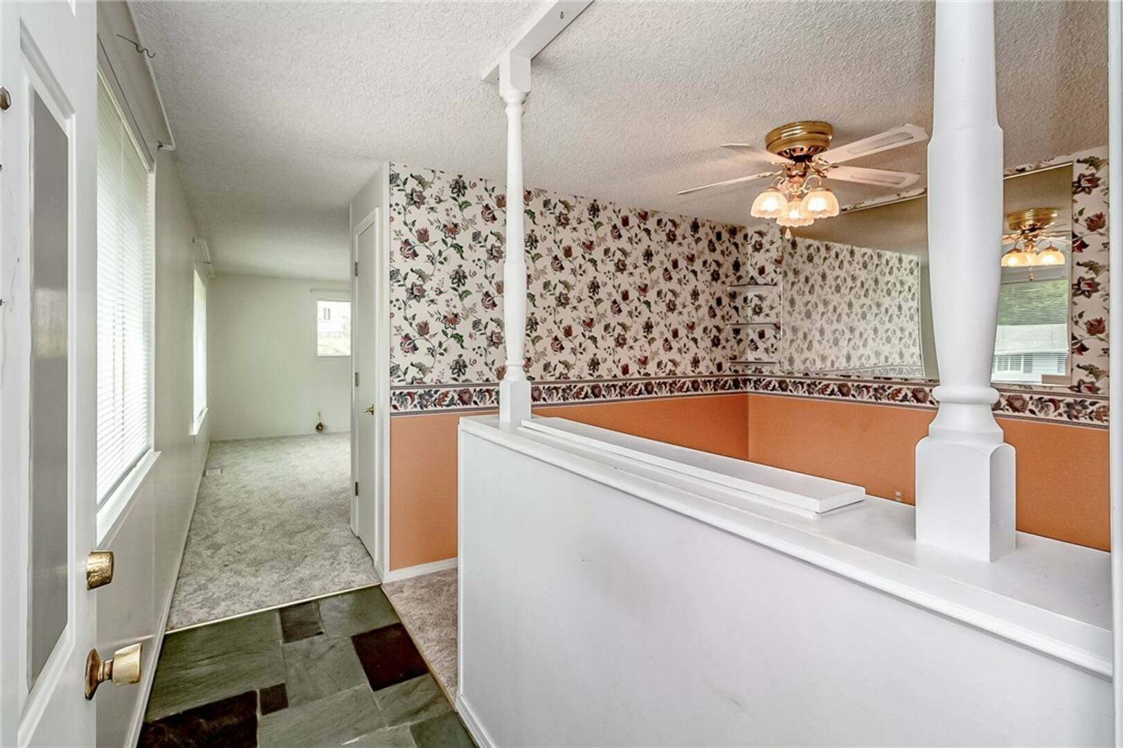 19311 74th Ave W, Lynnwood, WA 98036
