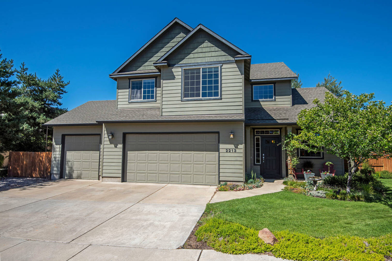 2213 NW Maple Ct. Redmond, OR 97756