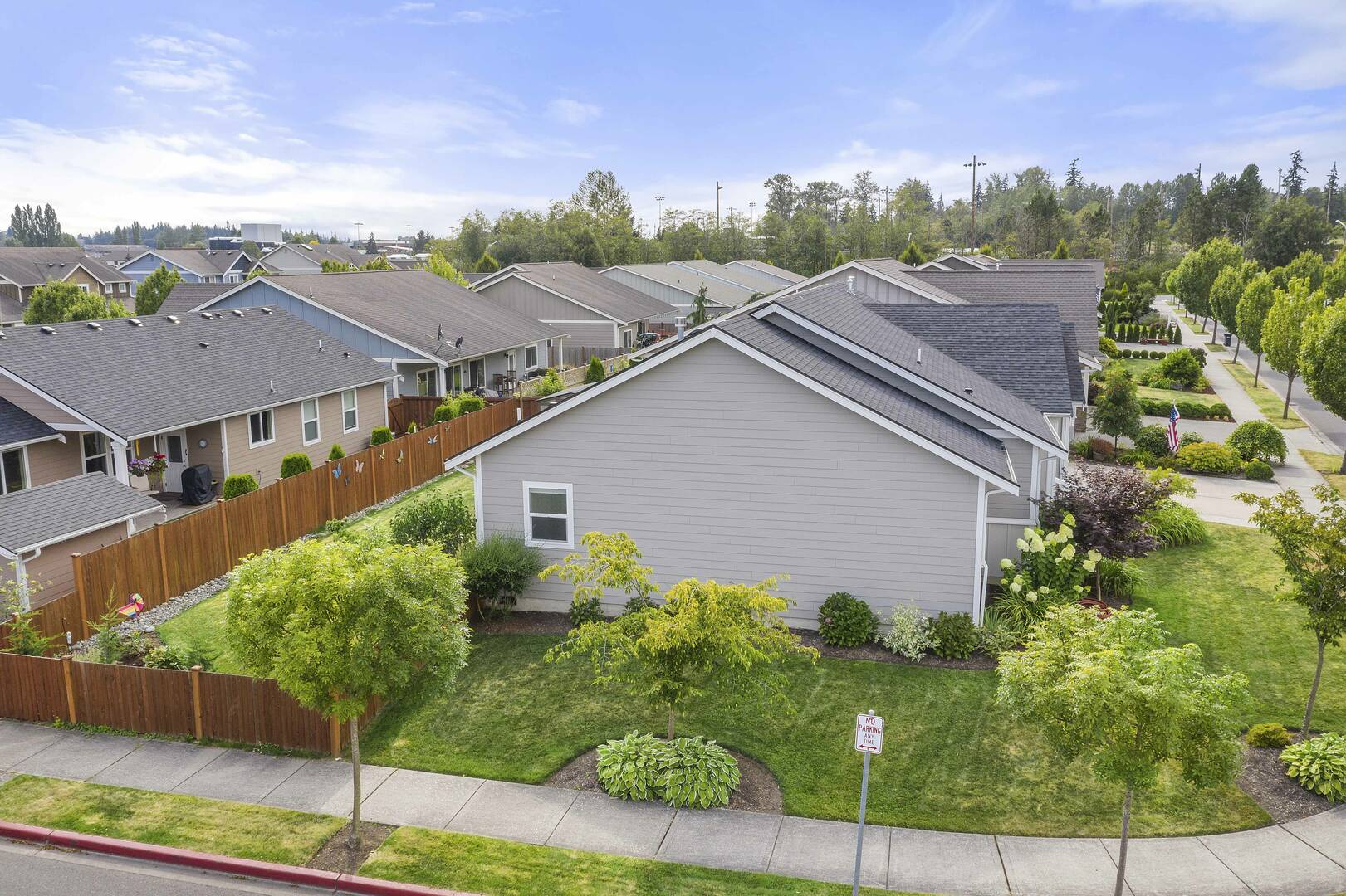 3047 Pine Creek Dr, Mount Vernon, WA 98273
