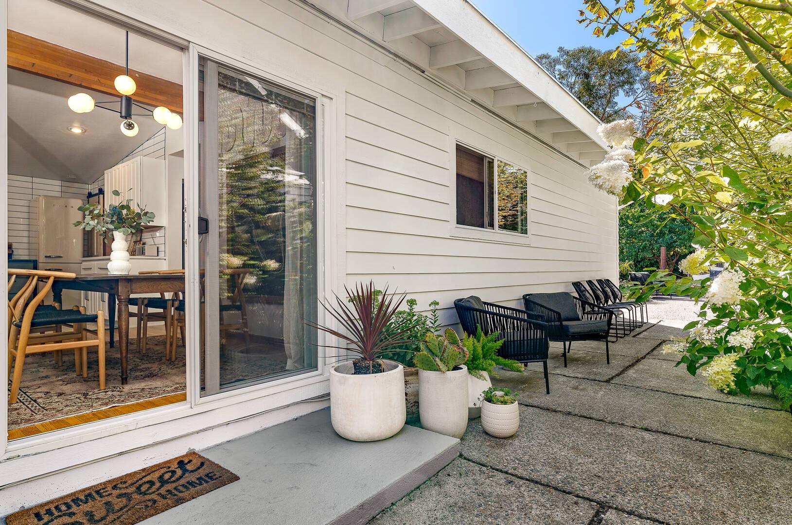 3717 SW 99th Street, Seattle, WA 98126