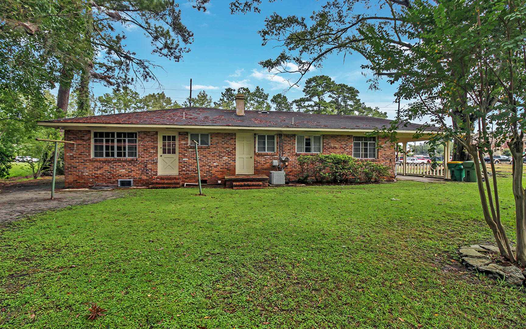313 W. Collins St Pooler, GA 31322