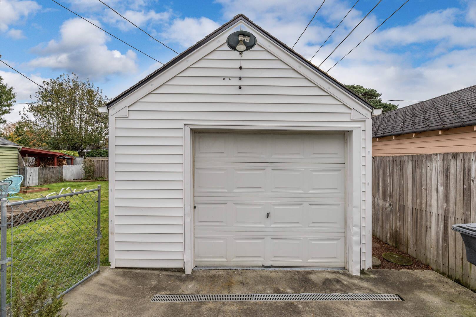 513 Chervenka Ave Sumner, WA 98390