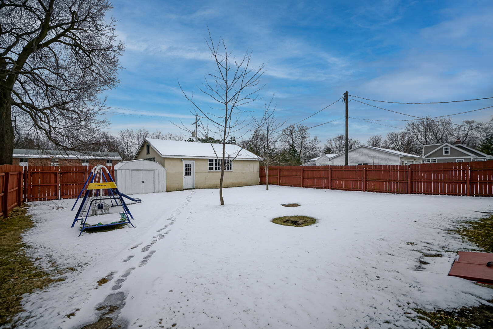 518 N 2nd St Chillicothe, IL 61523