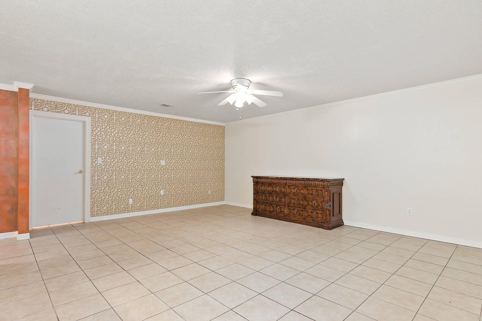 700 W. Fern Ave. #17 Mcallen, TX 78501