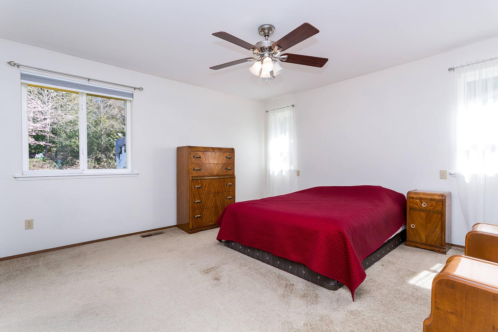 1511 Oriental Ave, Bellingham, WA 98229
