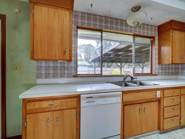 3820 101st St SW Lakewood, WA 98499