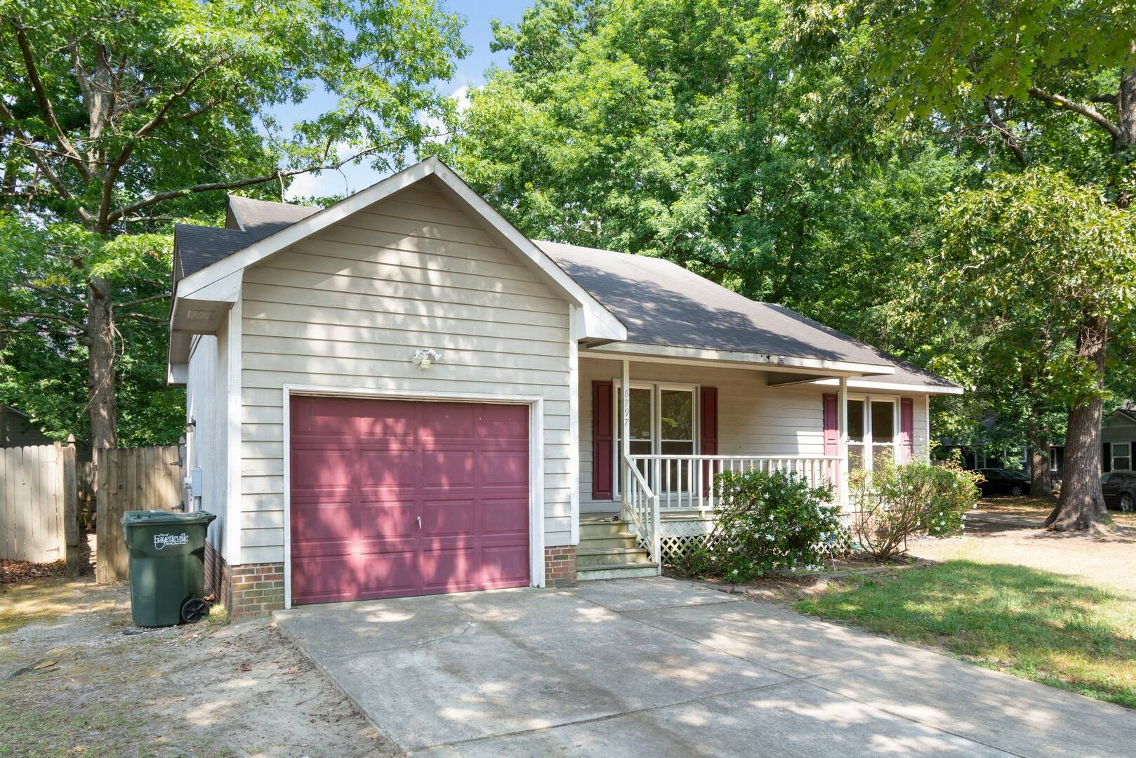 6797 Candlewood Dr Fayetteville, NC 28314