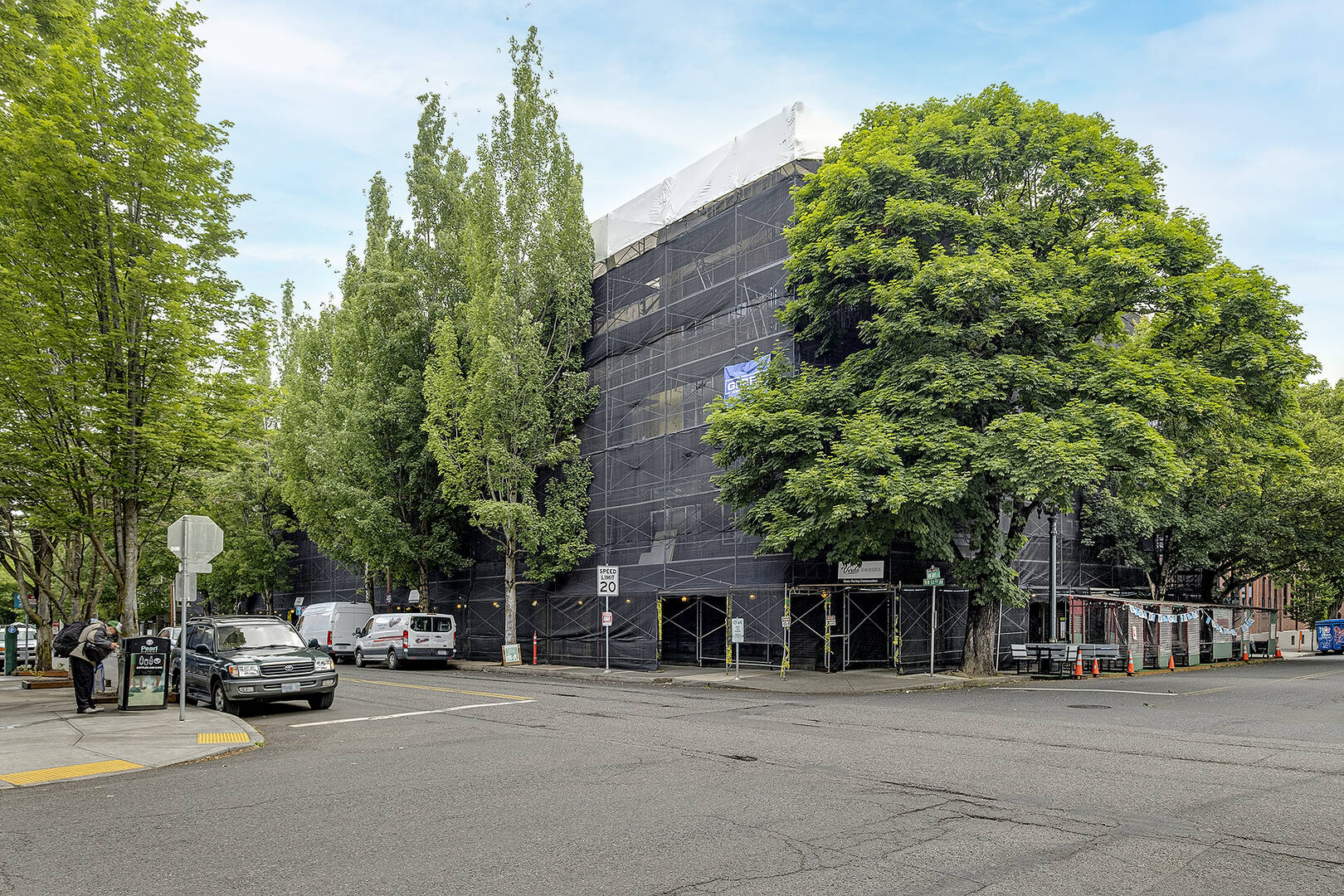 606 NW 12th Ave Portland, OR 97209