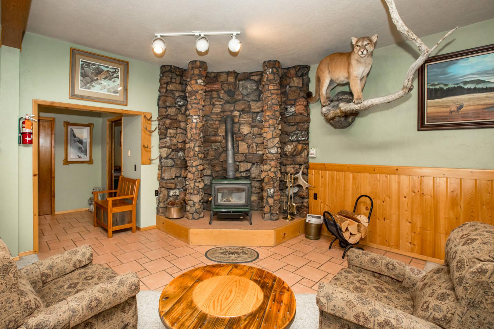 213 Riley Lane Columbia Falls, MT 59912