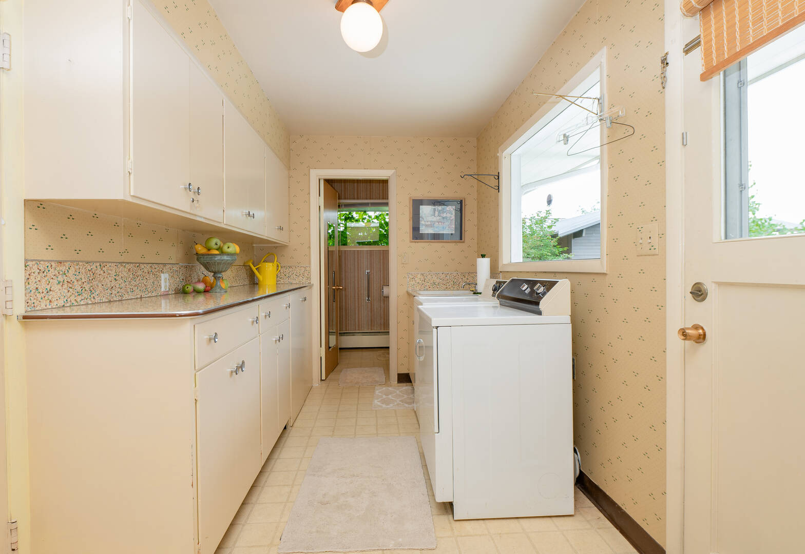 426 Bayside Rd, Bellingham, WA 98225