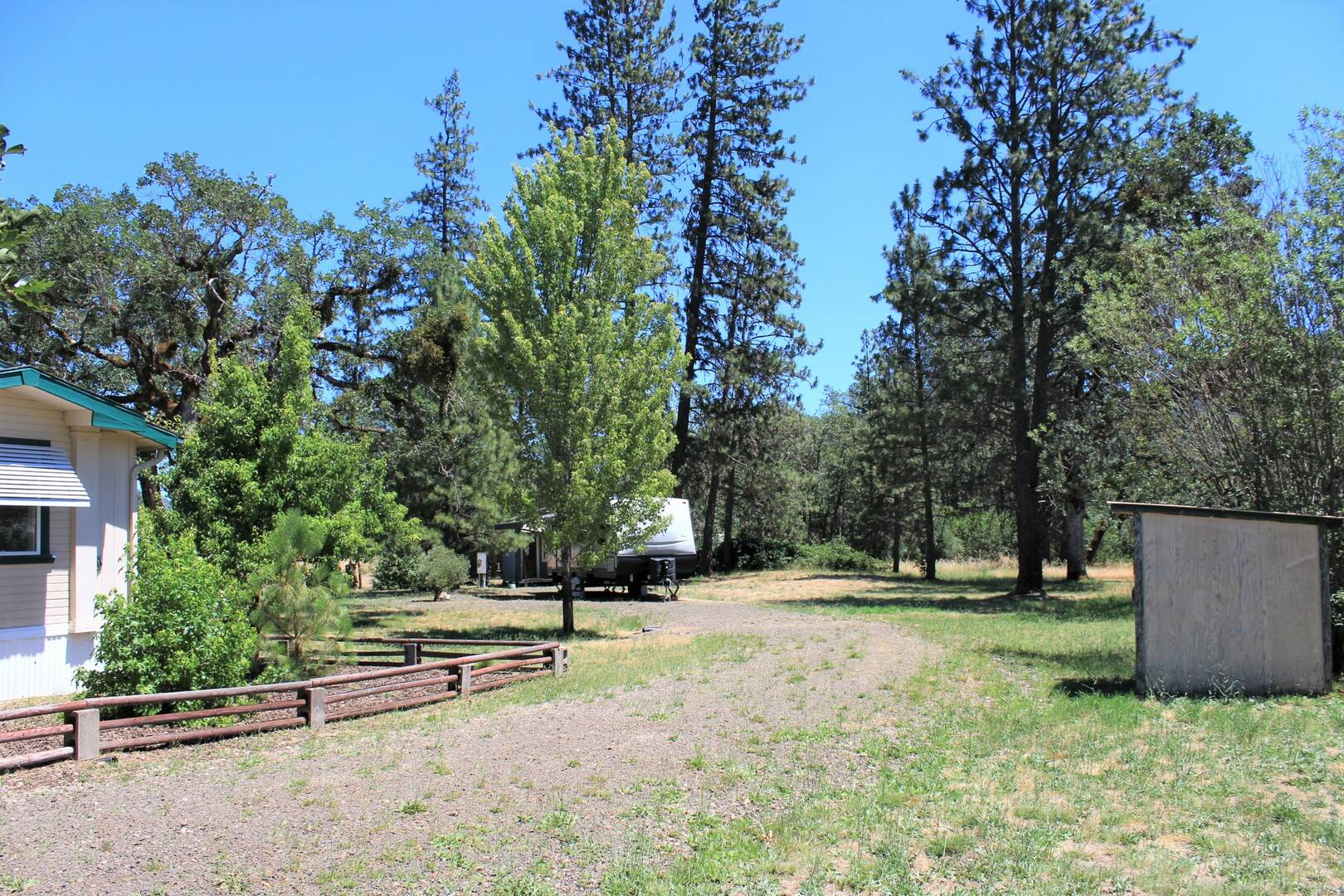 835 Ragsdale Rd  Trail, OR 97541