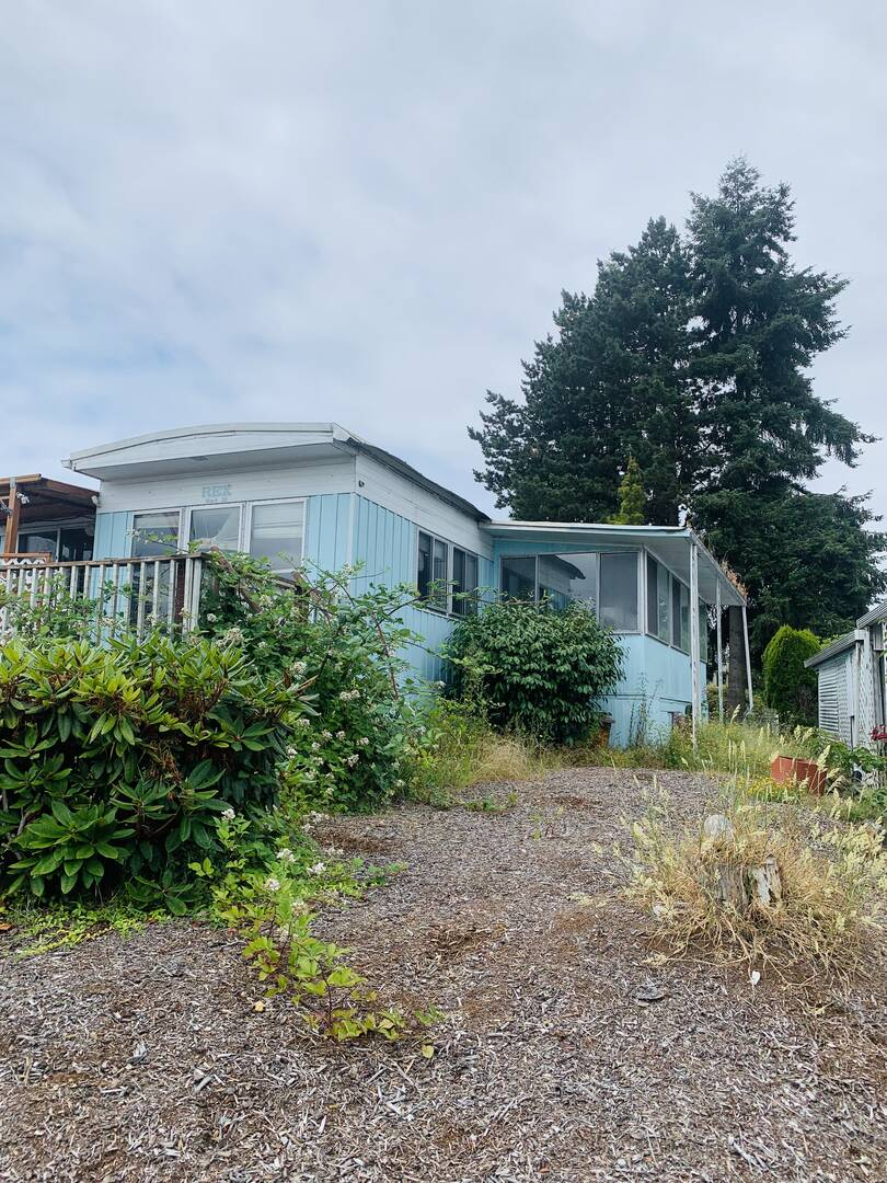 13320 Highway 99 #10 Everett, WA 98204