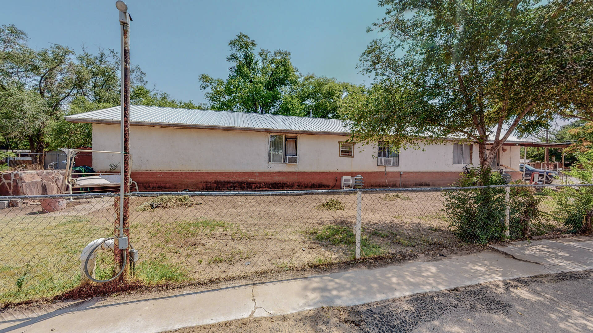 6032 Isleta Boulevard Southwest Albuquerque, NM 87105