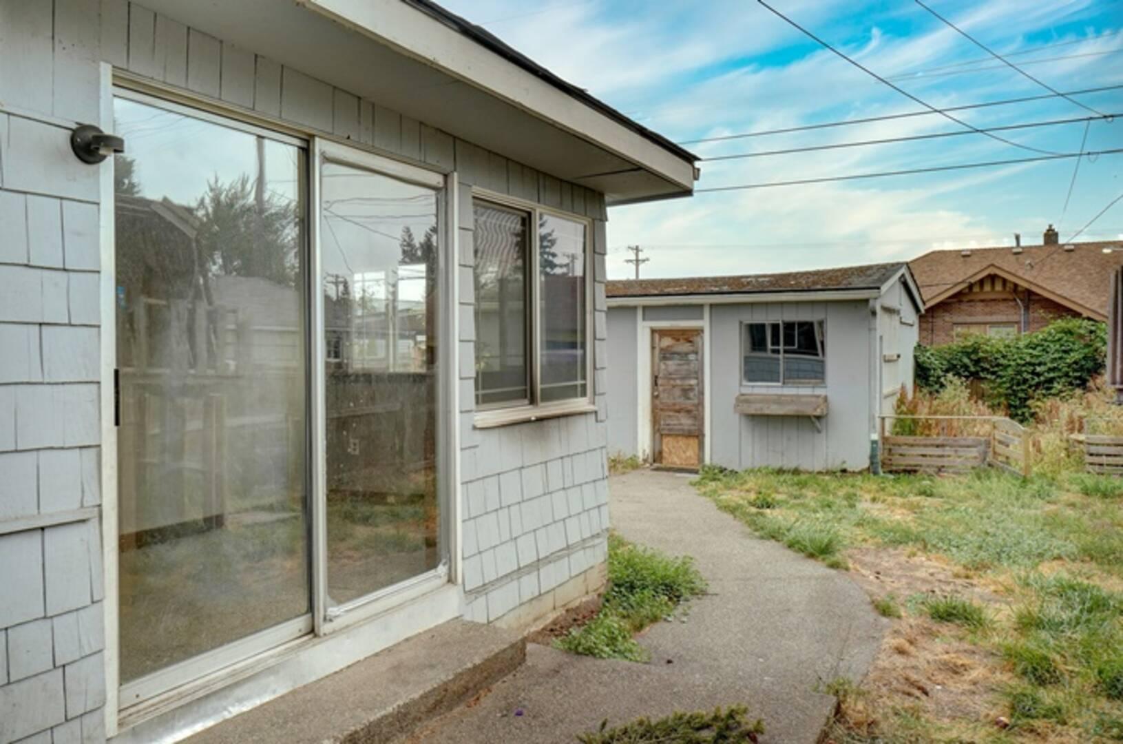 7248 South G St Tacoma, WA 98408