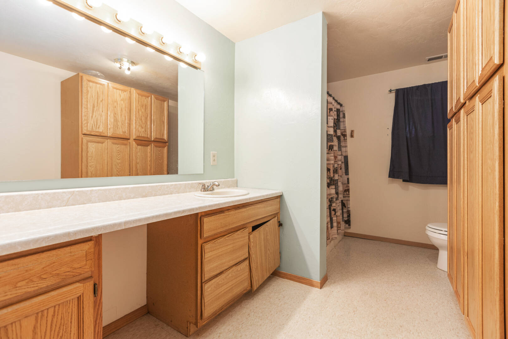 12881 US Hwy 2 W Marion, MT 59925